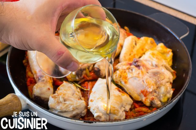 Poulet basquaise (vin blanc)