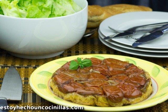 Tarte tatin aux tomates et fromage de chèvre