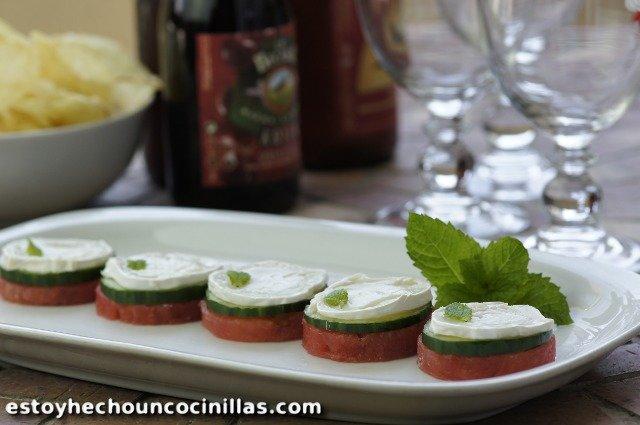 Amuse-bouches de pastèque au fromage de chèvre