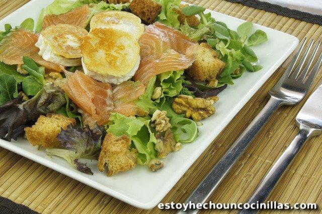 Salade au saumon et chèvre à la plancha
