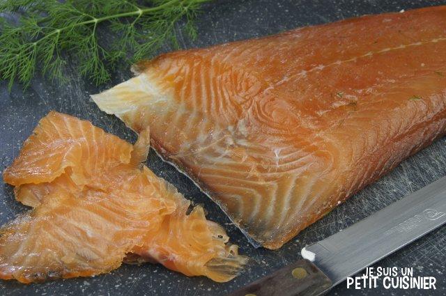 Saumon mariné maison (saumon gravlax)