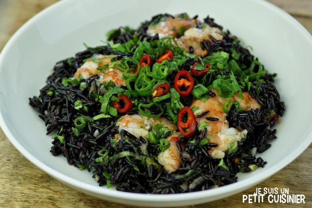 salade de riz Vénéré aux crevettes et sauce piment doux