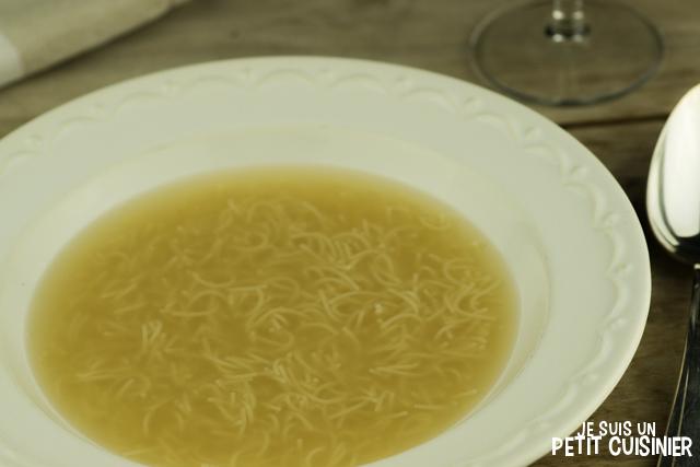 Soupe de poulet aux vermicelles