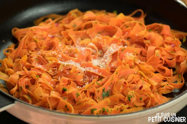 Tagliatelles de carottes à l'ail et piment d'Espelette