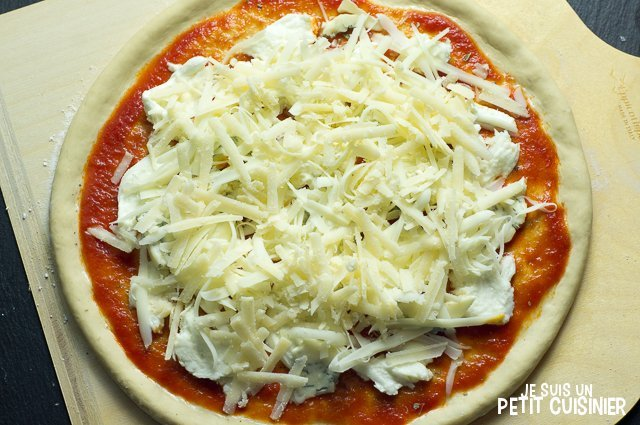 Pizza 4 fromages (parmesan)