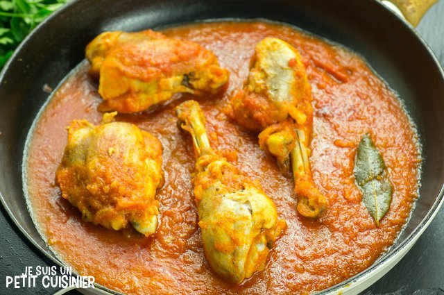 Poulet sauce tomate