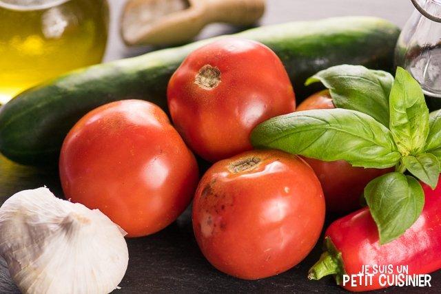 Gaspacho au poivron rouge et basilic (ingrédients)