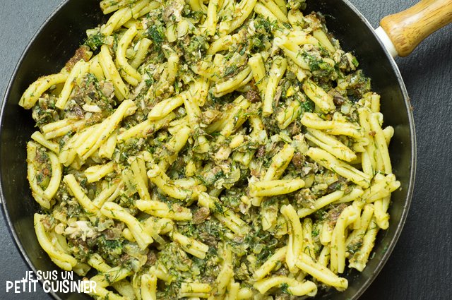 Pâtes aux sardines (pasta con le sarde)
