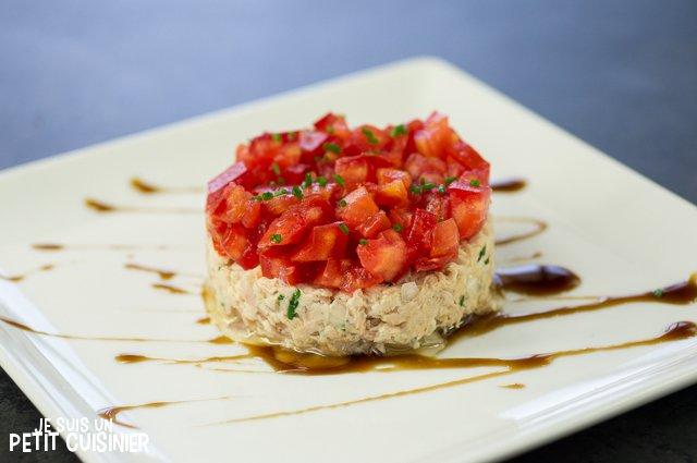 Tartare de tomate aux rillettes de thon