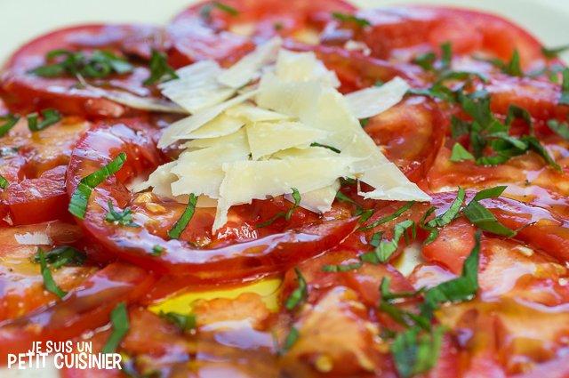 Carpaccio de tomates (parmesan)