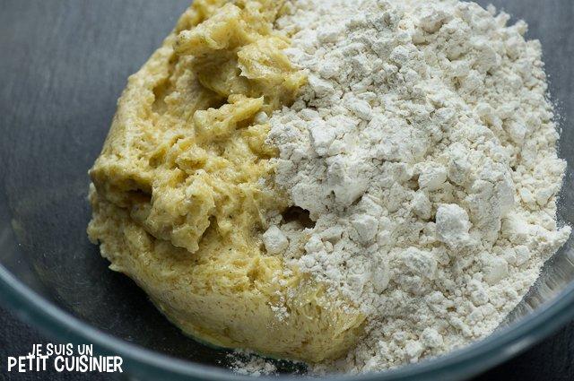 Cookies aux pépites de chocolat et flocons d'avoine (ajouter la farine)