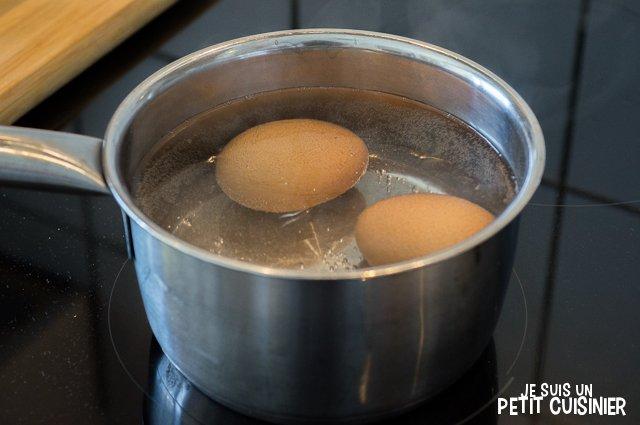 Poulet en sauce au safran et amandes (cuisson des oeufs)