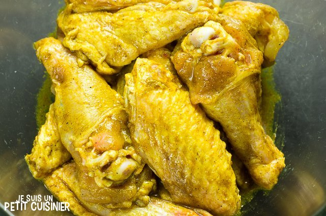 Ailes de poulet au curry (mariner)