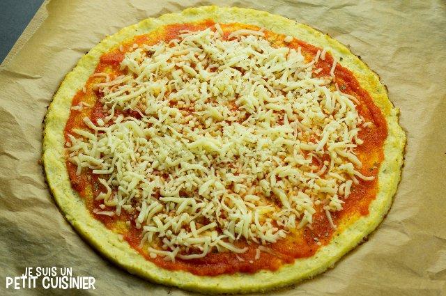 Pâte à pizza de chou-fleur (garniture)