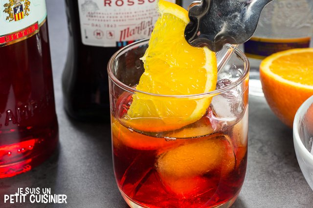 Cocktail Negroni (orange)