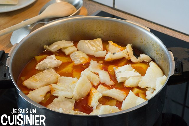 Ragoût de pommes de terre à la morue (rajouter la morue)