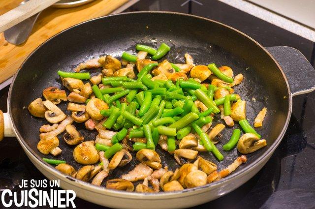 Poêlée de légumes aux champignons et lardons (haricots verts)