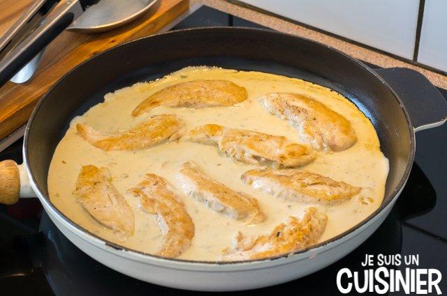 Aiguillettes de poulet sauce au bleu (poêle)