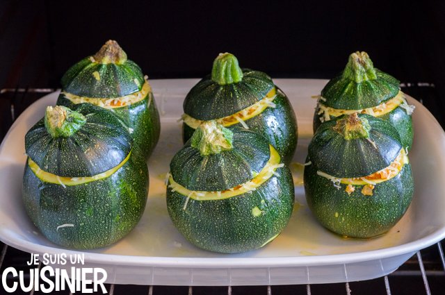 Courgettes rondes farcies (four)