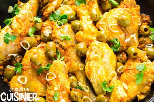 Recette de poulet aux olives et sauce tomate