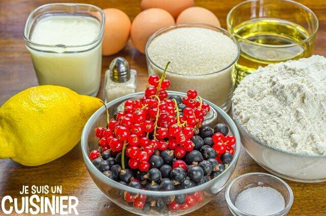 Cake au yaourt, cassis et groseilles (ingrédients)