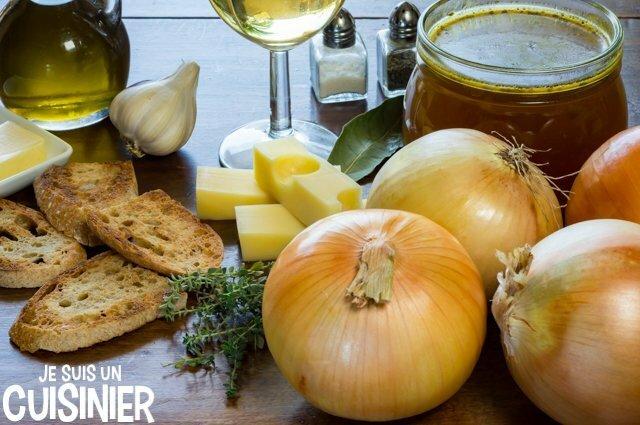Ingrédients pour soupe à l'oignon gratinée