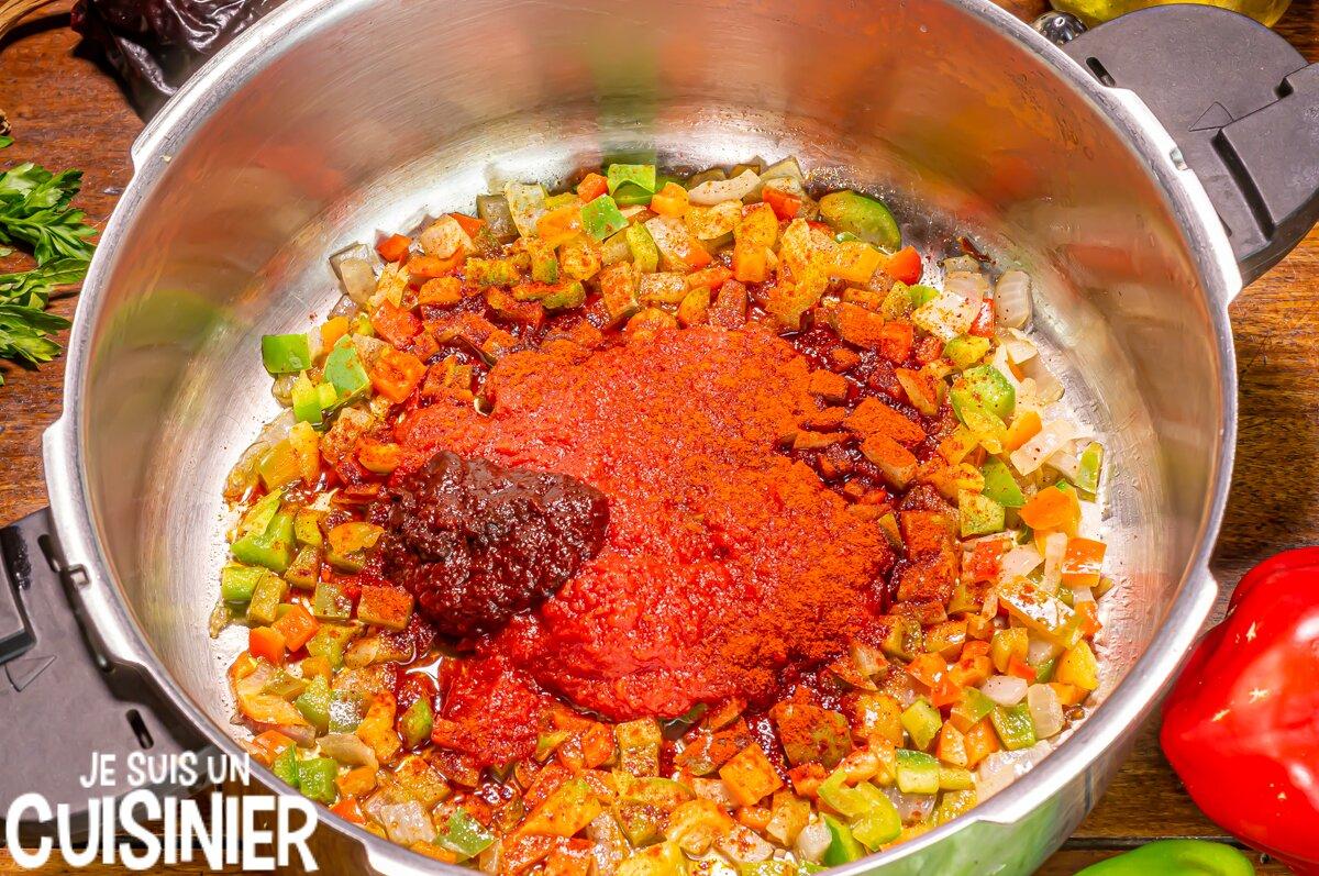 Marmitako de thon (tomate et paprika)