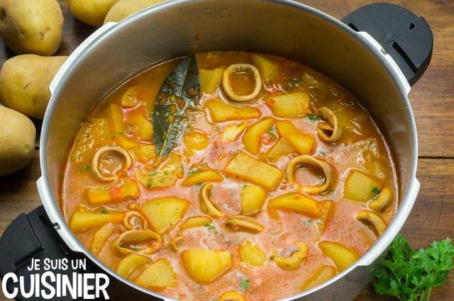 Comment faire ragoût de pommes de terre aux calamars