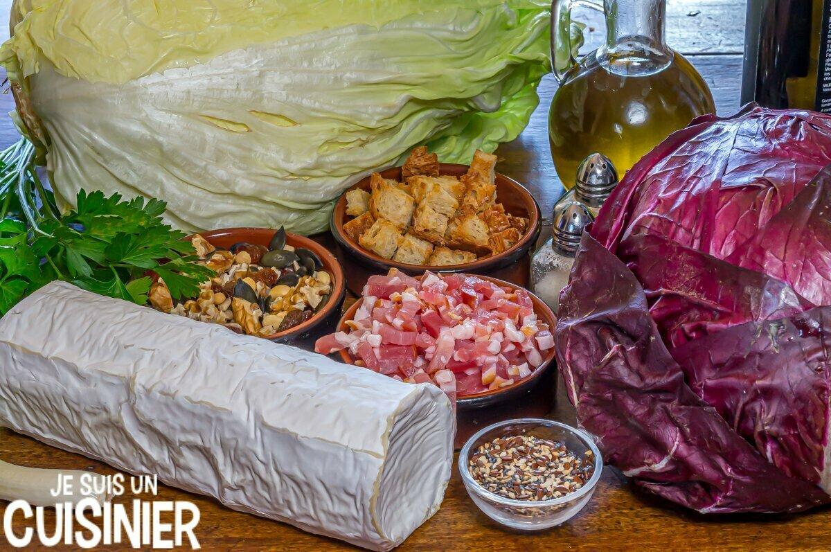 Ingrédients pour salade de chicorée rouge, pain de sucre et chèvre