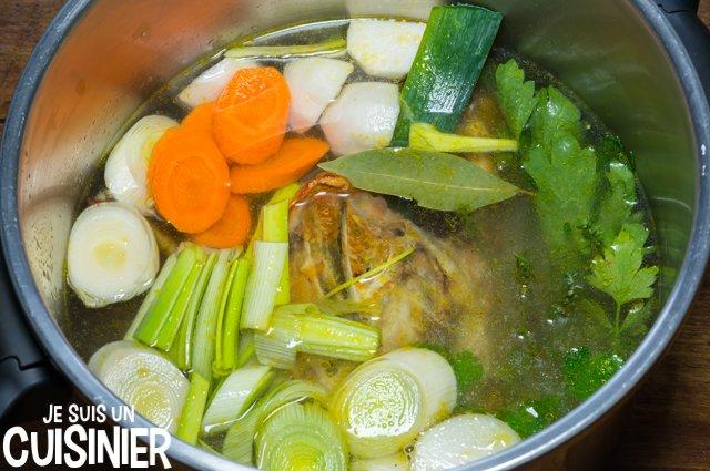 Bouillon de poulet maison (ajouter de l'eau)