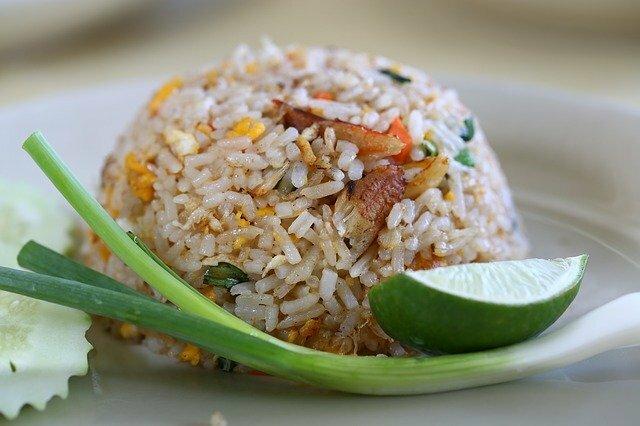 Recette riz cantonais au poulet et légumes